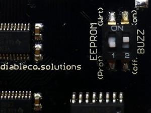 La EEPROM puede protegerse físicamente
