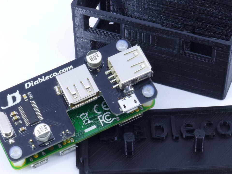 Prototipo del SHOE USB y su carcasa 3D